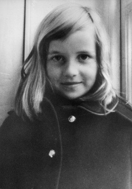 Принцесса Диана: история Золушки в фото - фото 70403