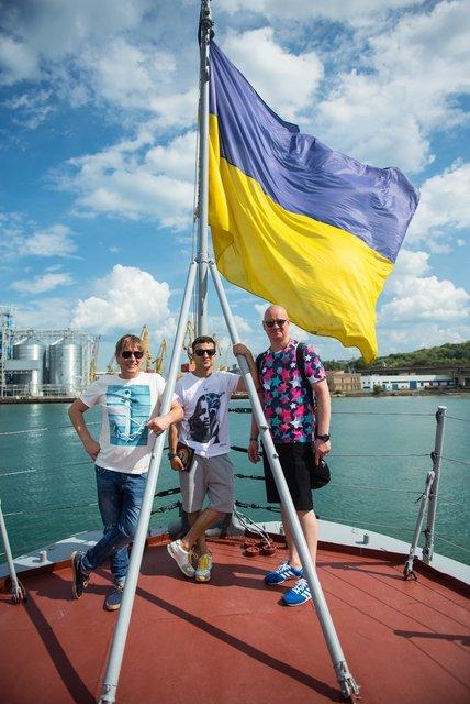 Зеленский, Кошевой и Казанин встретились с украинскими моряками в Одессе - фото 63681