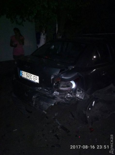 Одессит с документами майора СБУ сбил женщину-мотоциклиста и уехал с места ДТП - фото 67225