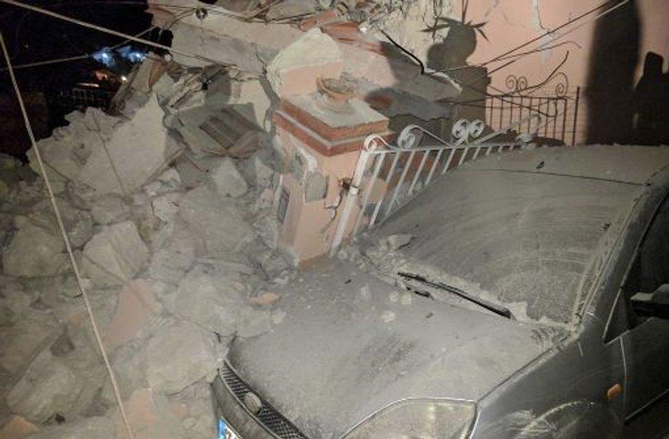 Ночью в Италии произошло землетрясение, есть жертвы - фото 68583