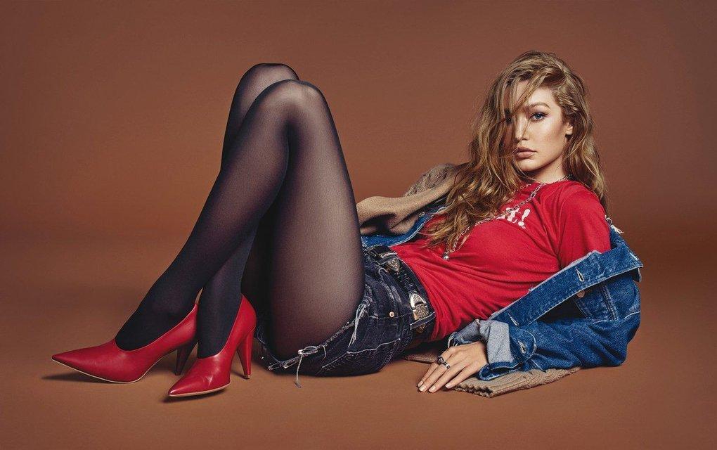 Белла Хадид показала грудь и стройные ноги на обложке Vogue - фото 68481