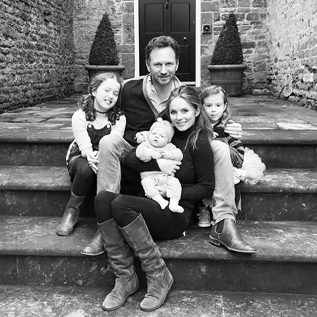 Джери Холлиуэлл призналась, что хочет еще детей - фото 66256