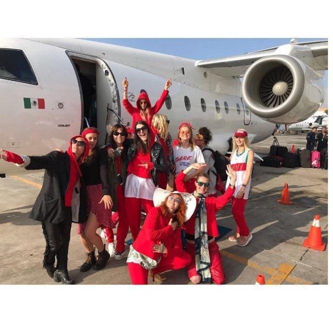 Кара Делевинь отметила День рождения в Мексике - фото 66335