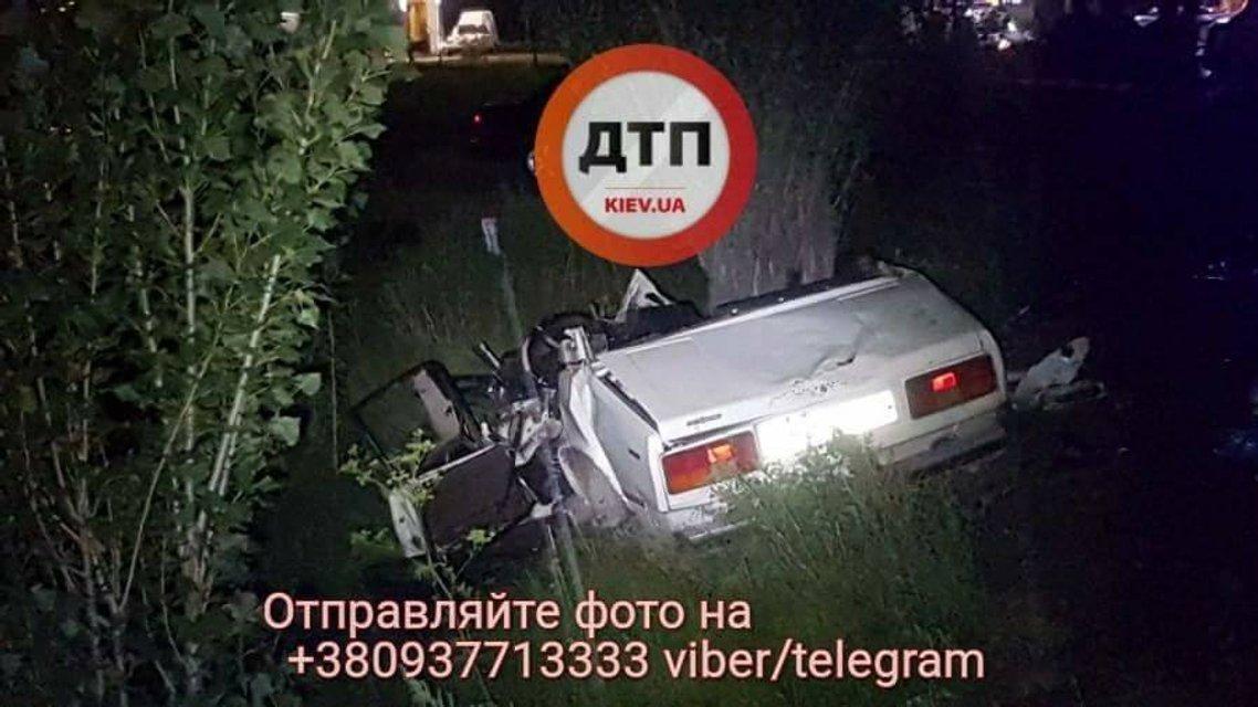 Смертельное ДТП: Под Киевом погибли 7 человек, среди них ребенок - фото 64104