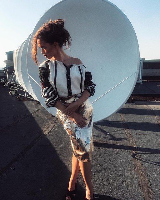 Мария Яремчук произвела фурор в уникальной вышиванке - фото 68712