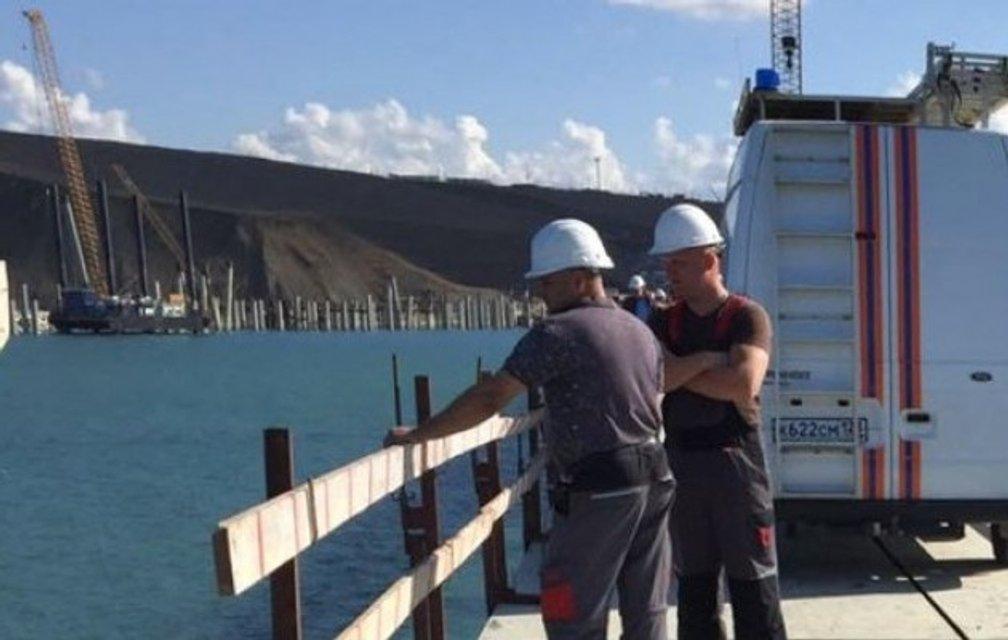 ЧП на строительстве Керченского моста: 18 человек погибло, 34 госпитализированы - фото 69442