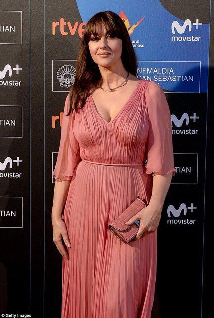 Моника Беллуччи получила награду на кинофестивале в Сен-Себастиан - фото 77481