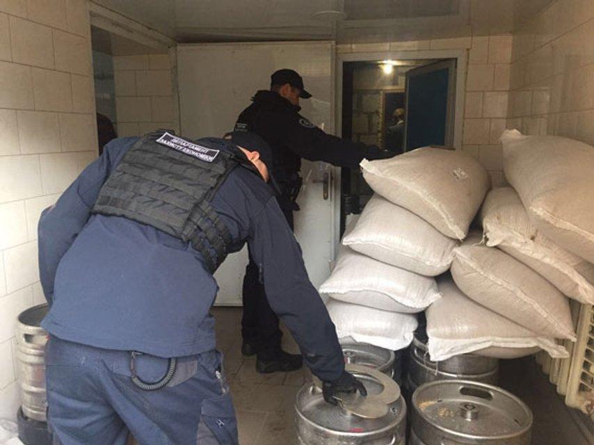 Полиция разоблачила цех по производству поддельного пива(фото) - фото 76663