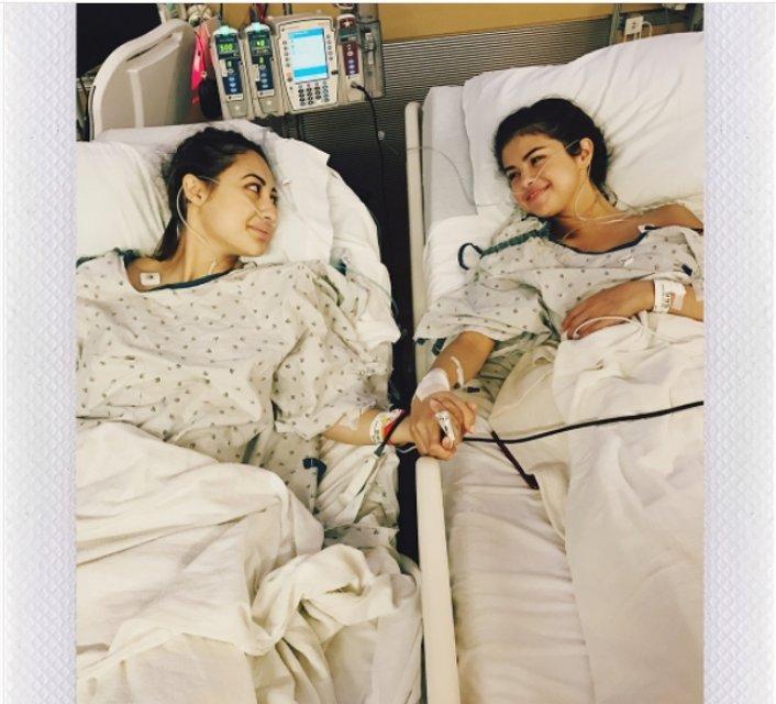 Для операции Селене Гомес почку пожертвовала подруга - фото 73897