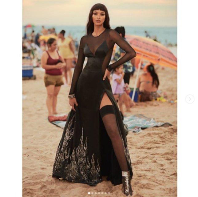 Лаис Рибейро поразила красотой в фотосете IRIS covet book  - фото 75116