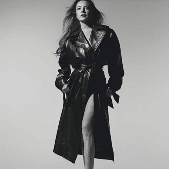 Линдси Лохан снялась в скромной фотосессии - фото 76932