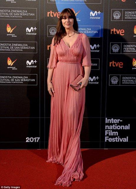 Моника Беллуччи получила награду на кинофестивале в Сен-Себастиан - фото 77476