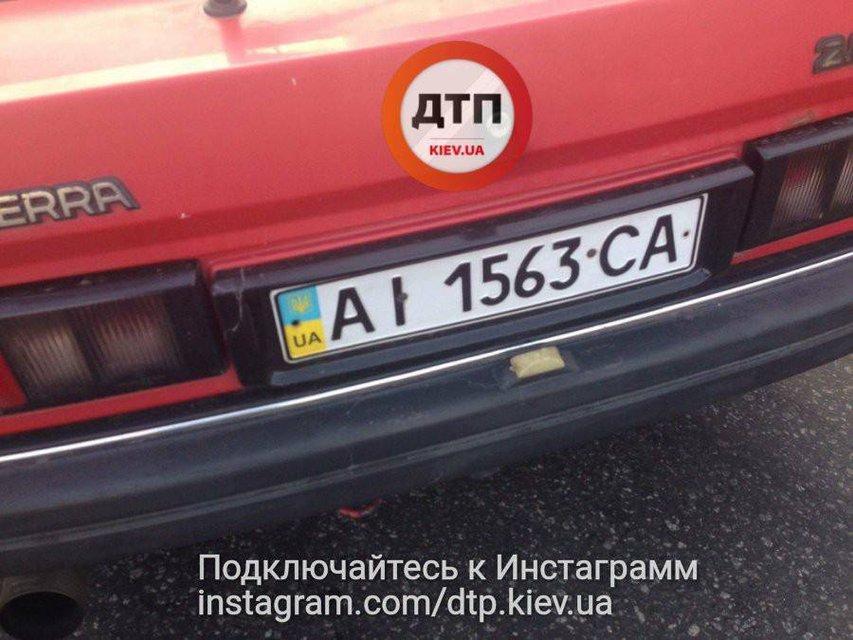 Водитель без страховки устроил ДТП с пострадавшими в Киеве - фото 73682