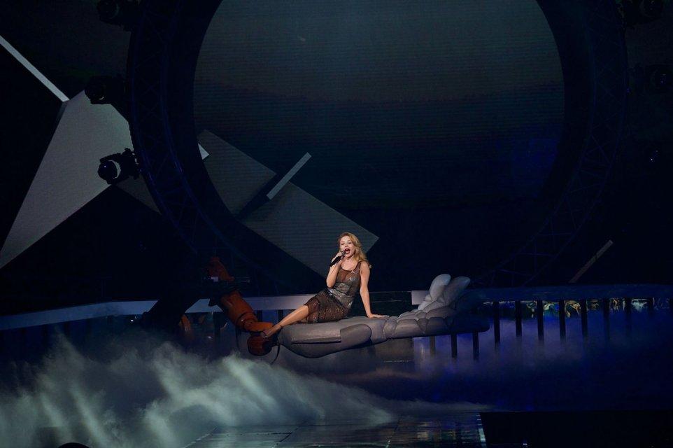 Тина Кароль в сексуальном образе спела в финале Мисс Украина-2017 - фото 72724