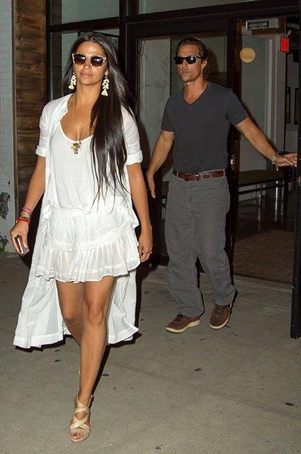 Мэттью МакКонахи и Камилла Алвес провели романтичное свидание  - фото 77290