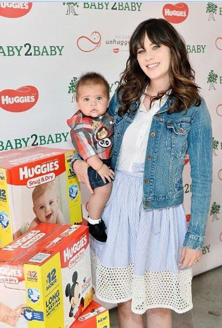 Зоуи Дешанель впервые показала четырехмесячного сына - фото 76503