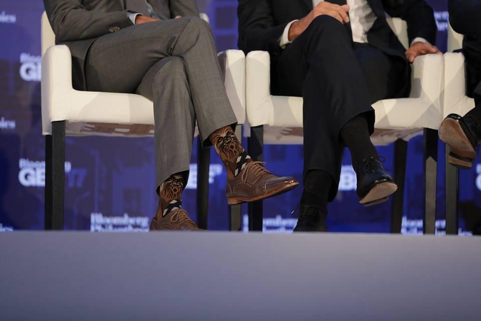 Джастин Трюдо взорвал сеть развеселыми носками с Чубаккой - фото 75614