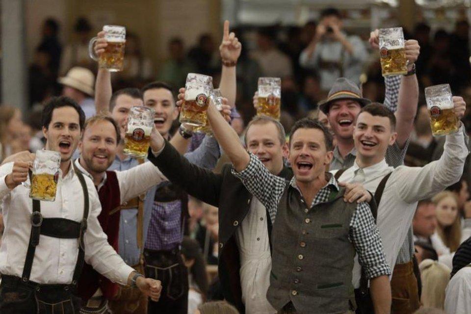 """В Мюнхене стартовал """"Oktoberfest"""" - фото 74461"""