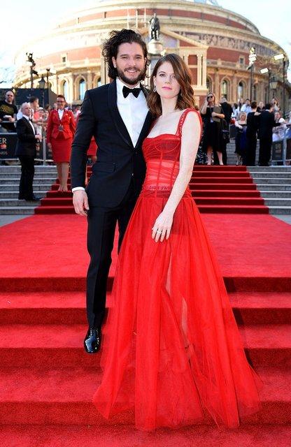 Кит Харингтон и Роуз Лесли женятся - фото 76755