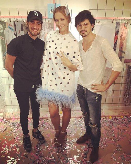 Катя Осадчая щеголяла в мини за 180 евро на вечеринке Нади Дорофеевой - фото 74068