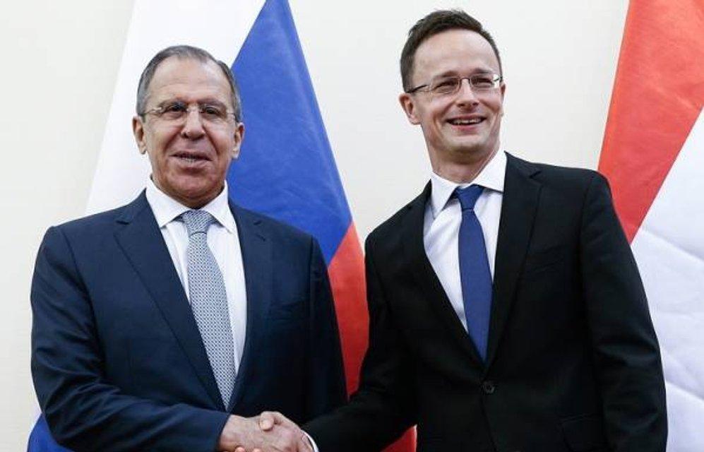 Петер Сіярто наслідує риторику Кремля - фото 73282