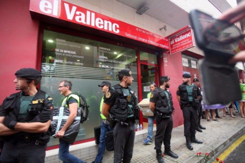 Мадрид переходит в наступление - фото 75910