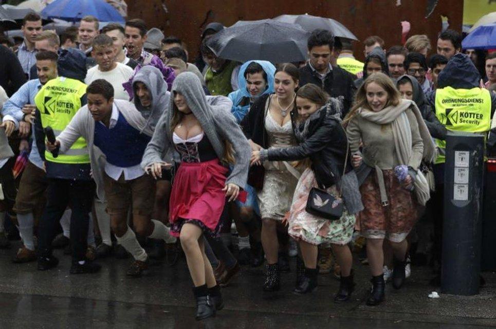 """16 сентября в Германии начался """"Октоберфест"""" - фото 74459"""