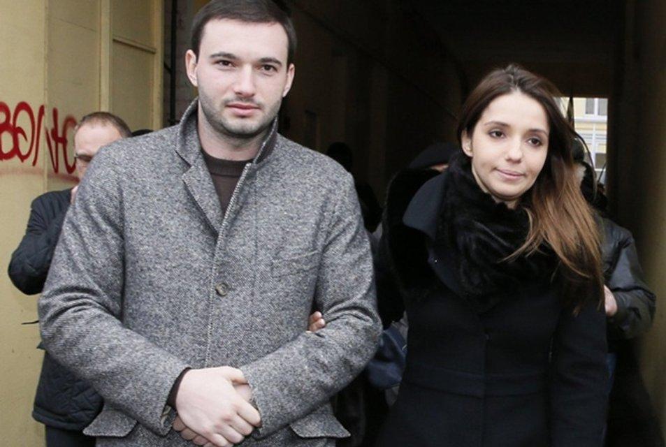 От ломбардов до кукурузы: На чем зарабатывает семья Юлии Тимошенко - фото 80300