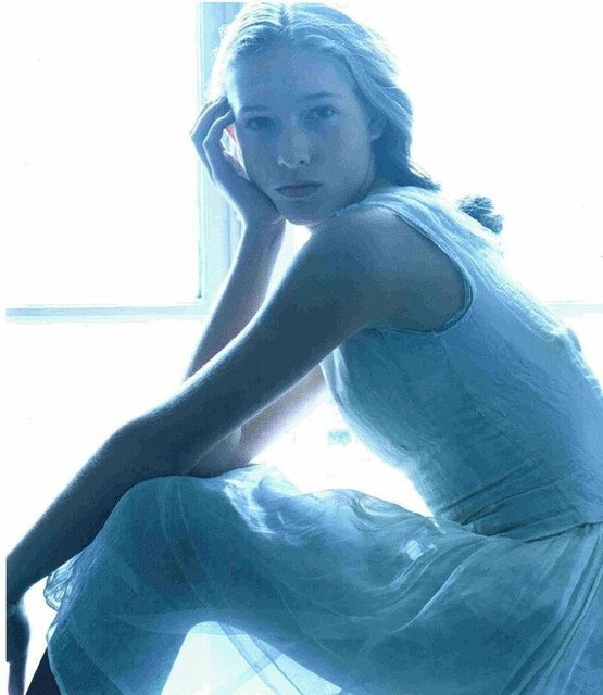 Катя Осадчая показала, какой была в 16 лет - фото 81276