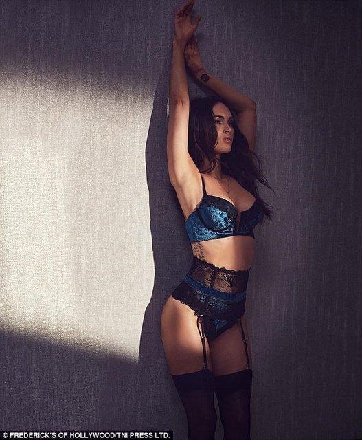Меган Фокс в сексуальном белье снялась в откровенной фотосессии - фото 84609