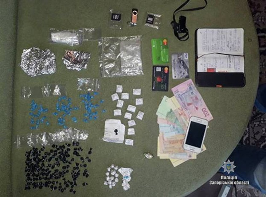 На территории четырех областей Украины злоумышленники перевозили метадону  - фото 77814