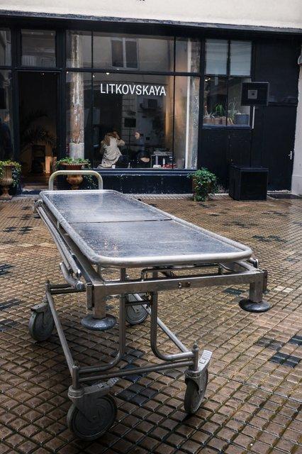 Лилия Литковская и Алан Бадоев произвели фурор на Парижской неделе моды - фото 78045