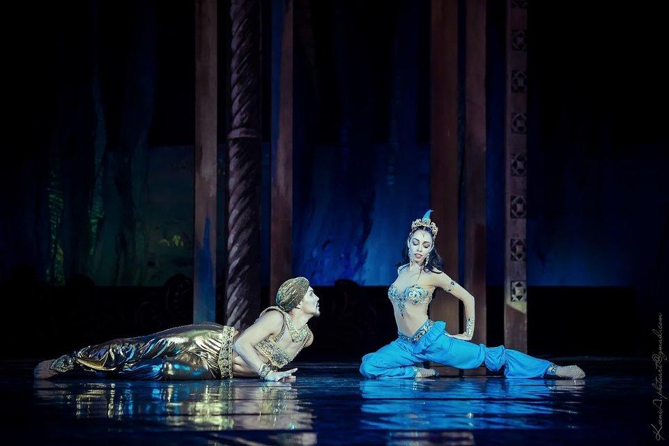 Адамжан Бахтияр и Екатерина Кухар - фото 86051