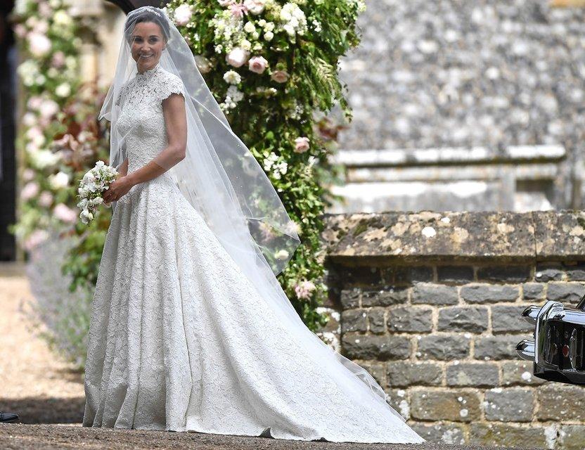 Свадебное платье Пиппы Миддлтон - фото 80140