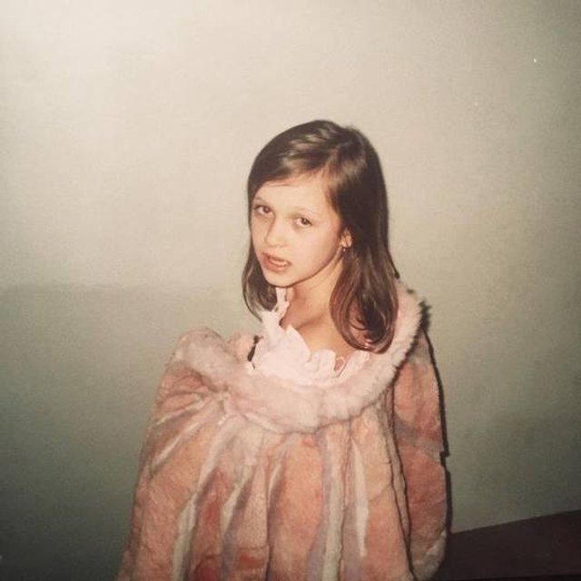 Мария Яремчук показала редкие фото с детства - фото 80543