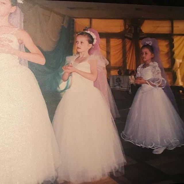 Мария Яремчук показала редкие фото с детства - фото 80535