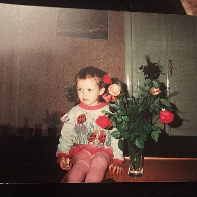 Мария Яремчук показала редкие фото с детства - фото 80542