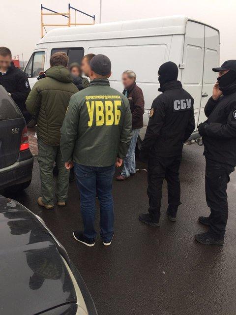 Начальник одного из отделов пограничной службы попался на взятке - фото 85580