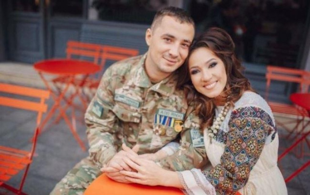 День Защитника: украинская певица и герой АТО посвятили песню матерям военных - фото 81383