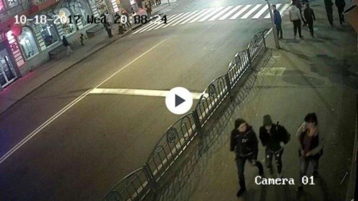 Кровавое ДТП в Харькове: Появились кадры с первых секунд столкновения - фото 82694