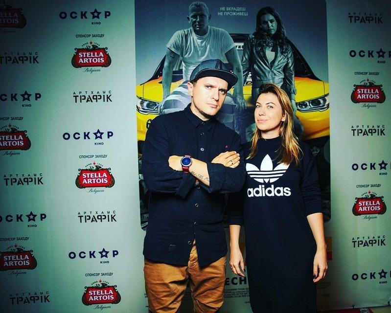 Анатолич с женой Юлой - фото 80236