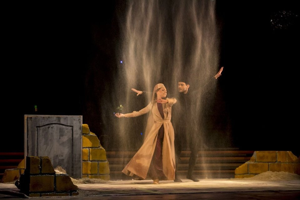 Алена Шоптенко чуть не потеряла платье перед финалом Танців з зірками 2017 - фото 85964