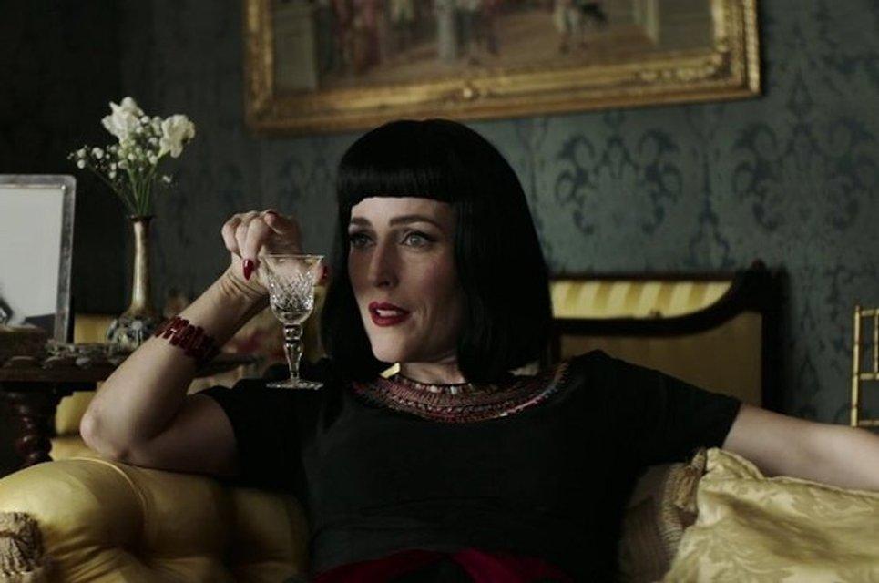 Скрюченный домишко: Джиллиан Андерсон появится в экранизации романа Агаты Кристи - фото 83259