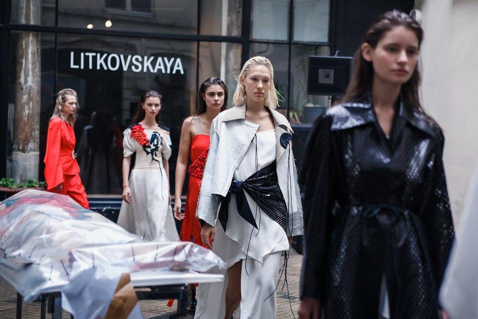 Лилия Литковская и Алан Бадоев произвели фурор на Парижской неделе моды - фото 78050