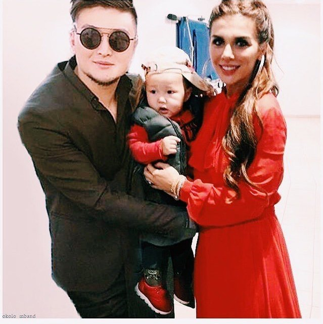 Анна Седокова заинтриговала снимком с Анатолием Цоем и сыном Гектором - фото 82044