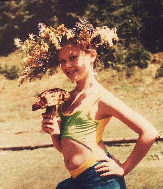 Мария Яремчук показала редкие фото с детства - фото 80539