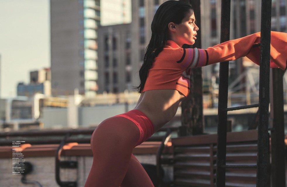 Сара Сампайо снялась в откровенной фотосессии топлес - фото 80796