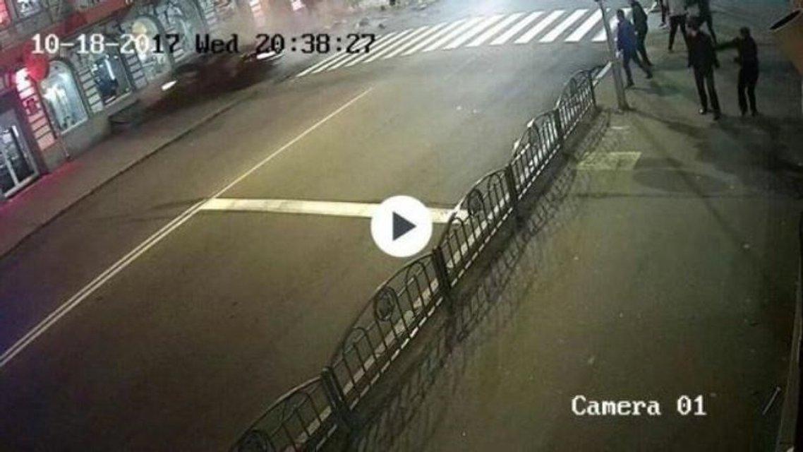 Кровавое ДТП в Харькове: Появились кадры с первых секунд столкновения - фото 82695