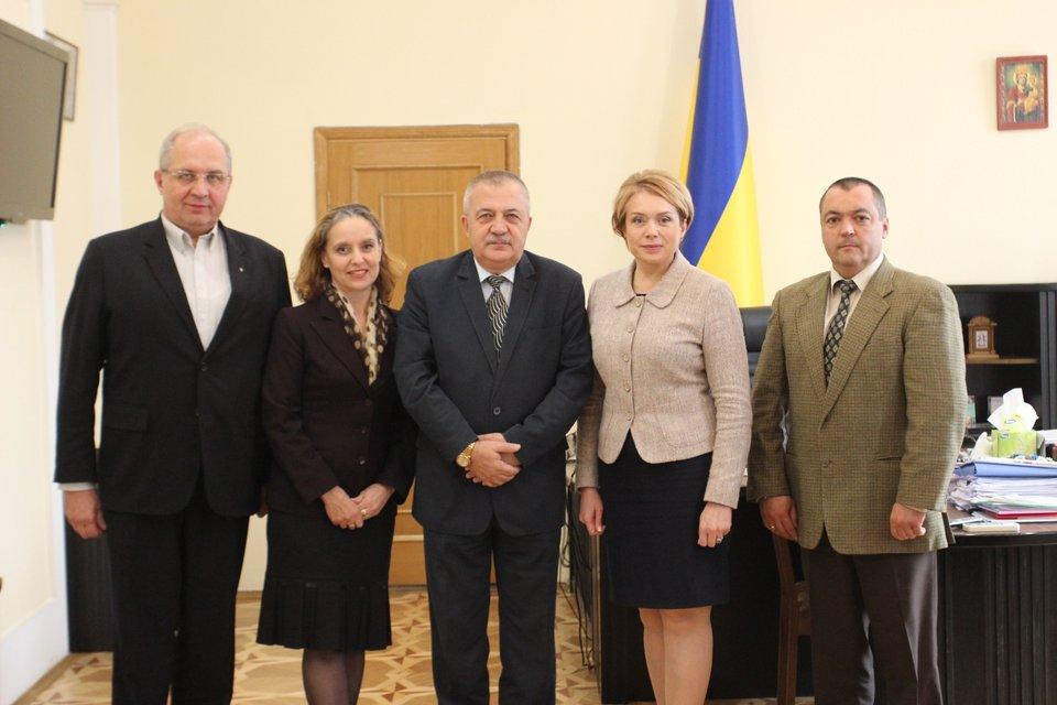 Посол Болгарии нашел общий язык с украинскими чиновниками - фото 81329
