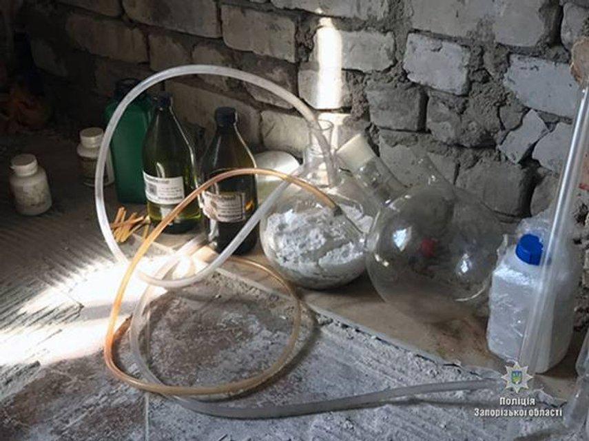 На территории четырех областей Украины злоумышленники изготавливали метадон - фото 77816
